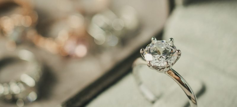 How to Buy an Engagement Ring, According to Diamond Experts