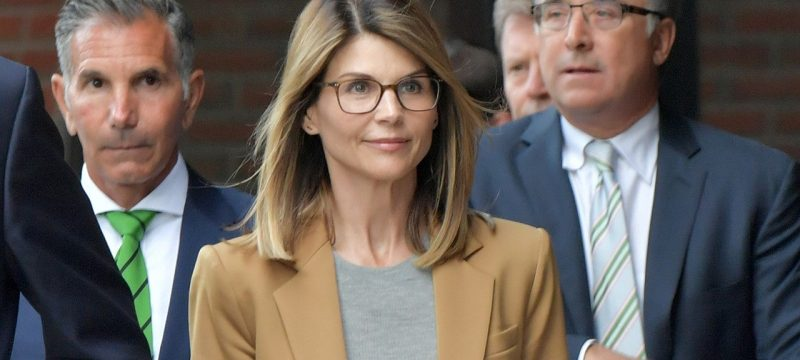 Lori Loughlin Begins 2-Month Prison Sentence for Involvement in College Admissions Scandal
