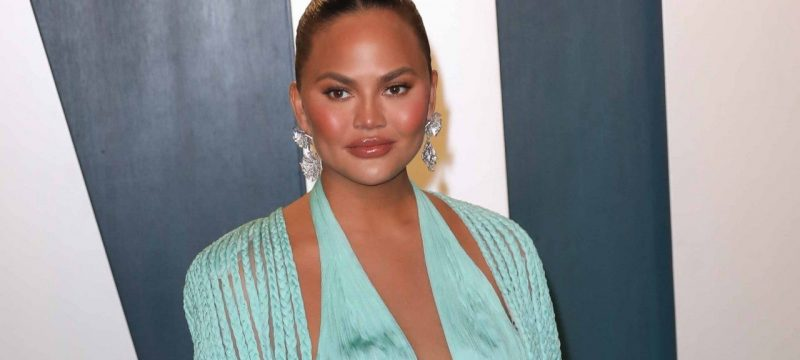 Chrissy Teigen Shares Photo of Her 'Needing My Mommy' After 'Hardest 4 Days of My Life'