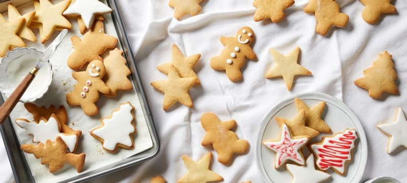Everything You Need to Make Holiday Cookies With Your Family