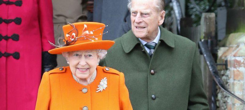 Queen Elizabeth and Prince Philip Admire Great-Grandchildren's Card in 73rd Anniversary Portrait