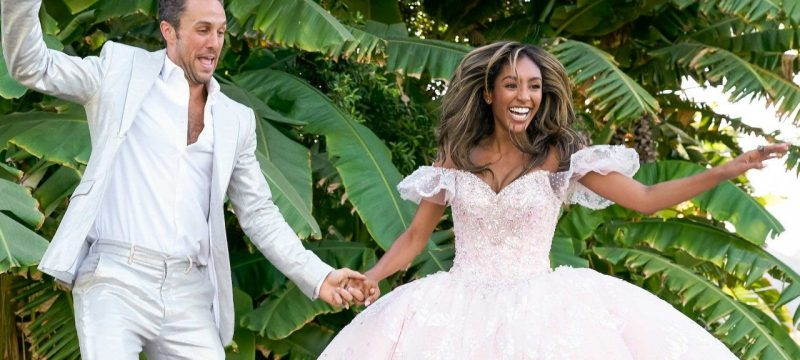 'The Bachelorette': ET Will Be Live Blogging the Next Step of Tayshia Adams' Journey!