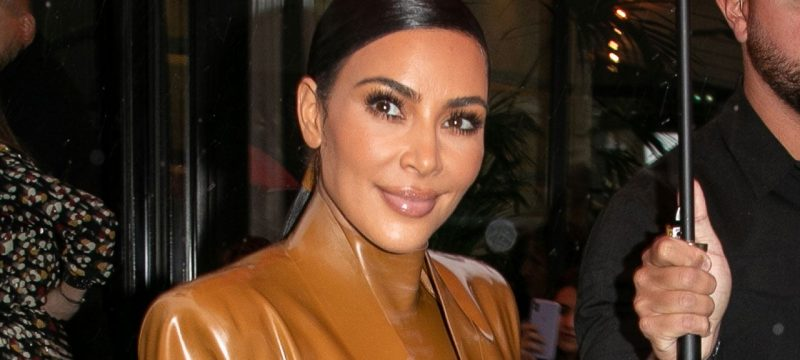 Kim Kardashian Sends $500 to 1,000 Fans on Twitter Ahead of the Holidays