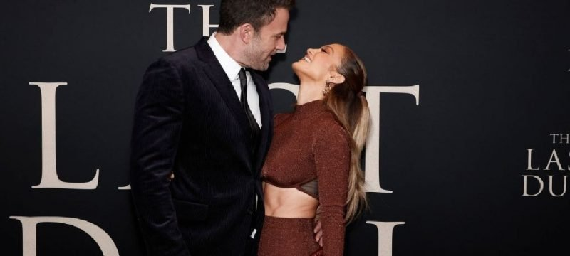 Ben Affleck and Jennifer Lopez Can't Keep Their Hands Off Each Other at 'The Last Duel' Premiere